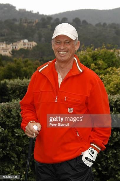 Willy Bogner GolfTurnier Premiere Golf Trophy Port d Andratx/Mallorca/Spanien Golfplatz Sport Schläger Golf Grün Rasen Mütze Kopfbedeckung Promi...