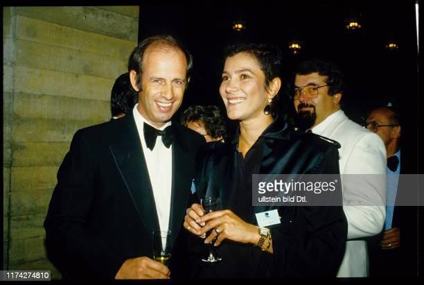 Willy Bogner mit Ehefrau Sonia 1985