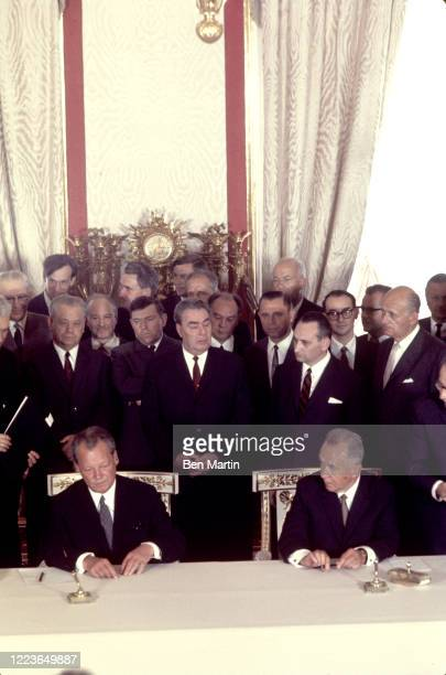 Willy Brandt, Leonid Brezhnev, Aleksei Kosygin at the signing of the Treaty of Moscow, August 12, 1970.