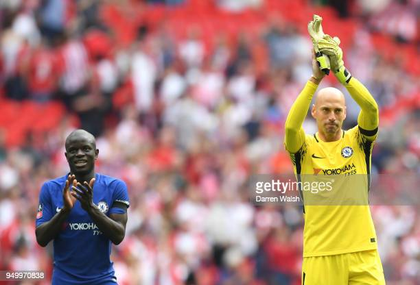 Willy Caballero of Chelsea and N'Golo Kante of Chelsea claps the fans after The Emirates FA Cup Semi Final match between Chelsea and Southampton at...