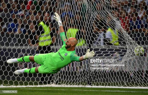 Willy Caballero of Chelsea dives in vain to save a penalty during the International Champions Cup 2018 match between Chelsea and FC Internazionale at...