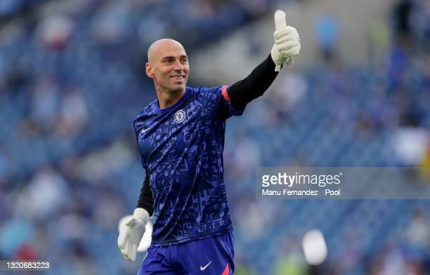 Willy Caballero of Chelsea gives a thumbs up during the warm up prior to the UEFA Champions League Final between Manchester City and Chelsea FC at...