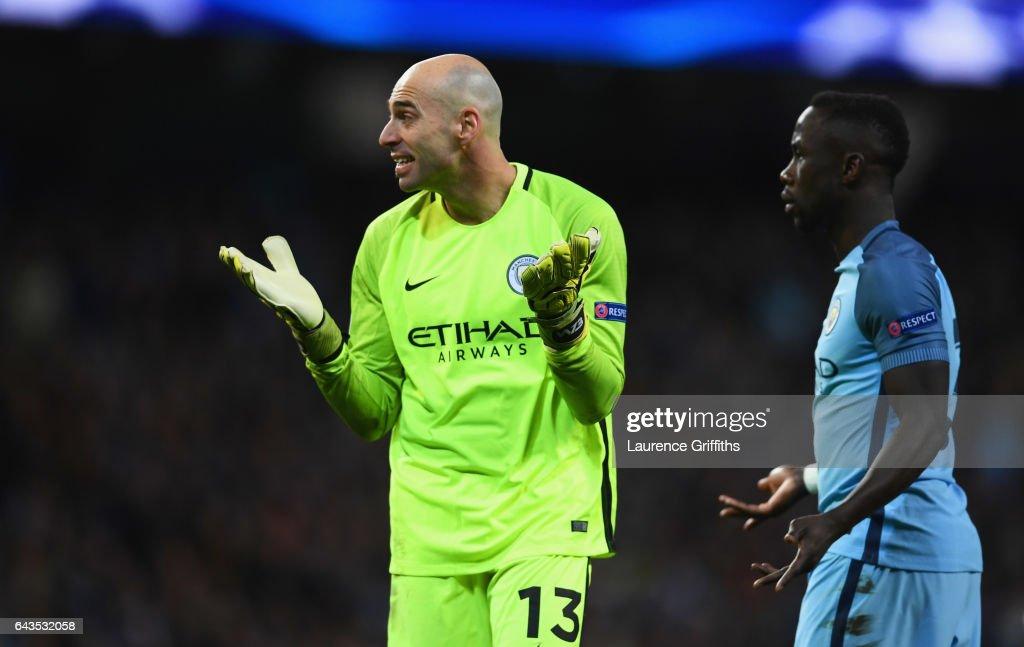 Manchester City FC v AS Monaco - UEFA Champions League Round of 16: First Leg : Fotografía de noticias