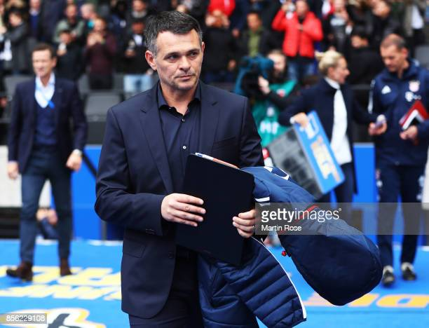 Willy Sagnol head coach of Bayern Munich during the Bundesliga match between Hertha BSC and FC Bayern Muenchen at Olympiastadion on October 1 2017 in...