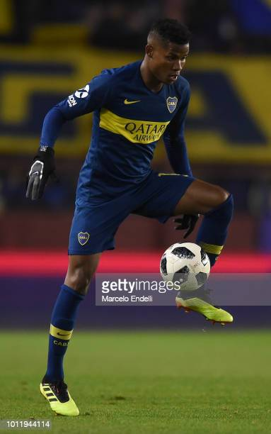 Wilmar Barrios of Boca Juniors controls the ball during a match between Boca Juniors and Alvarado as part of Round of 64 of Copa Argentina 2018 on...