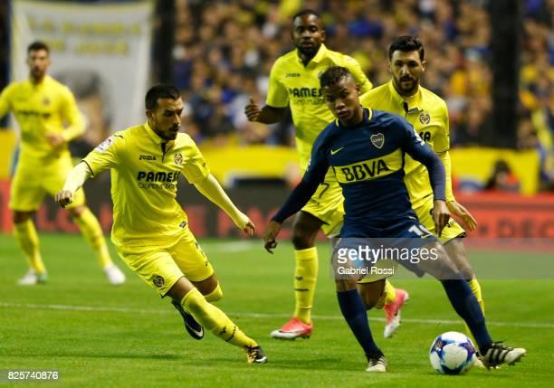 Wilmar Barrios of Boca Juniors controls the ball during the international friendly match between Boca Juniors and Villarreal CF at Alberto J Armando...