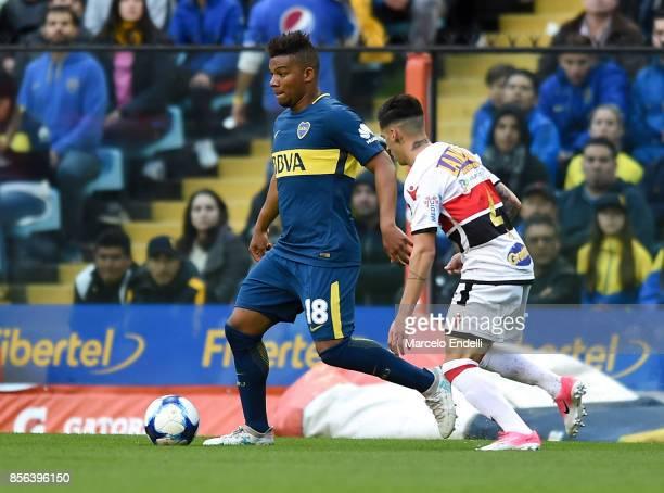 Wilmar Barrios of Boca Juniors drives the ball during a match between Boca Juniors and Chacarita as part of Superliga 2017/18 at Alberto J Armando...