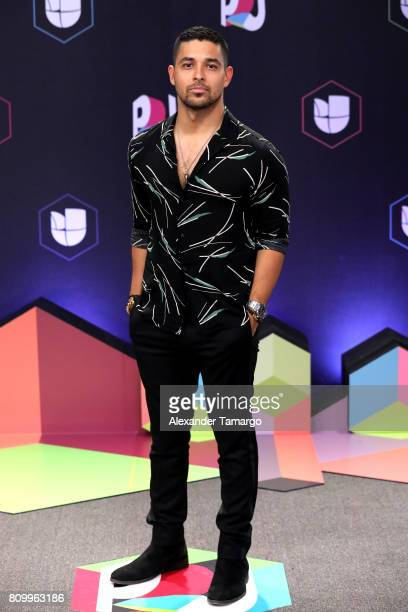 Wilmer Valderrama attends the Univision's 'Premios Juventud' 2017 Celebrates The Hottest Musical Artists And Young Latinos ChangeMakers at Watsco...