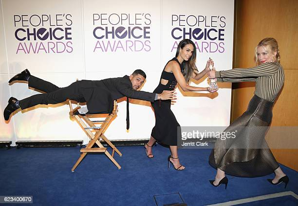 Wilmer Valderrama Jordana Brewster and Piper Perabo fight over an award as part of the #MannequinChallenge during People's Choice Awards Nominations...