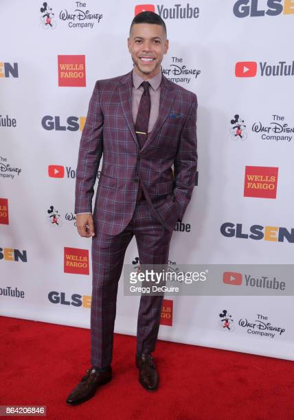 Wilson Cruz arrives at the 2017 GLSEN Respect Awards at the Beverly Wilshire Four Seasons Hotel on October 20 2017 in Beverly Hills California