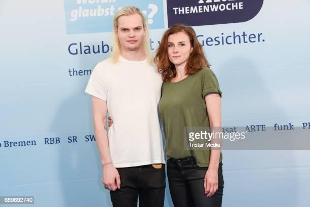 Wilson Gonzalez Ochsenknecht and Karin Hanczewski during the ARD Themenwoche 2017 'Woran glaubst Du' at Soho House on May 29 2017 in Berlin Germany