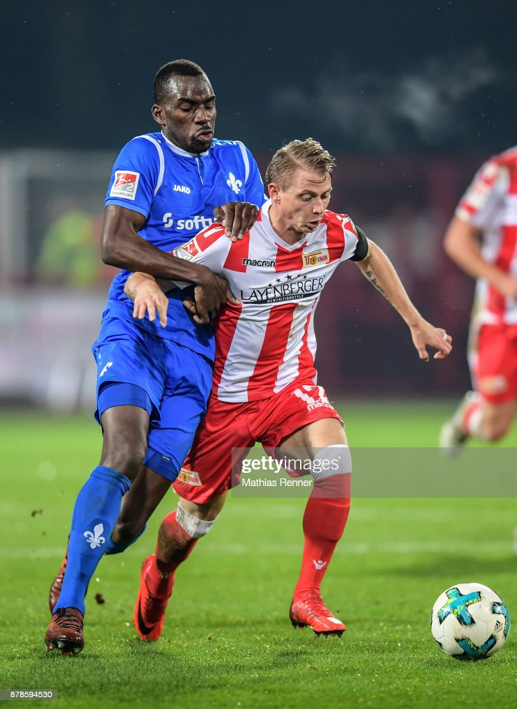 Wilson Kamavuaka of SV Darmstadt 98 and Simon Hedlund of 1 FC Union Berlin during the Second Bundesliga match between Union Berlin and SC Darmstadt 98 on November 24, 2017 in Berlin, Germany.