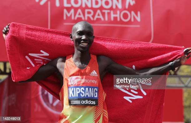 Wilson Kipsang of Kenya celebrates winning the Mens Elite race during the Virgin London Marathon 2012 on April 22 2012 in London England