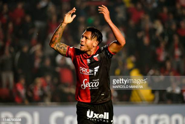 TOPSHOT Wilson Morelo of Argentina's Colon Santa Fe celebrates after scoring against Uruguay's River Plate during their Copa Sudamericana football...