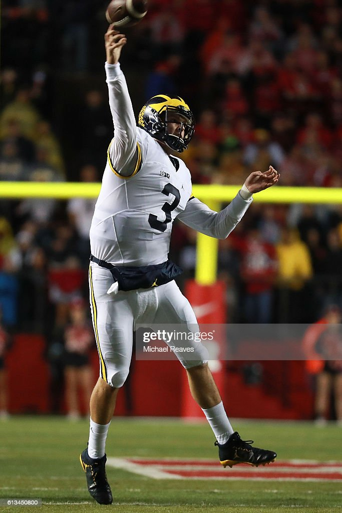 Wilton Speight #3 of the Michigan Wolverines throws a touchdown pass during the first half against the Rutgers Scarlet Knights at High Point Solutions Stadium on October 8, 2016 in Piscataway, New Jersey.
