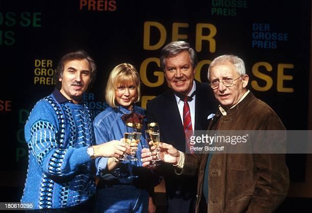 Wim Thoelke Beate Hopf Regisseur Georg Martin Lange Joachim Rödel ZDFShow Der große Preis Studio Sekt Sektglass anstossen 150 Sendung