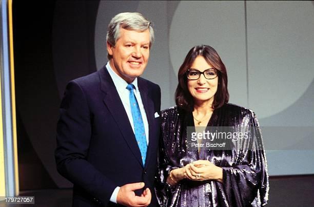Wim Thoelke mit Nana Mouskouri ZDF DerGroße Preis