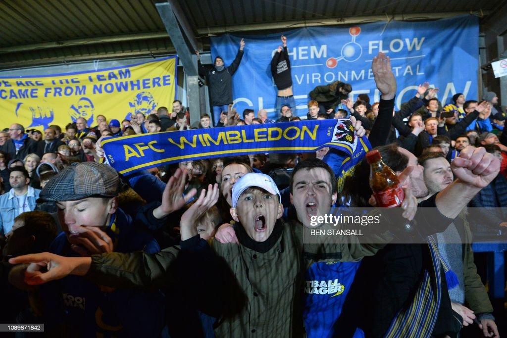 FBL-ENG-FACUP-AFC WIMBLEDON-WEST HAM : News Photo