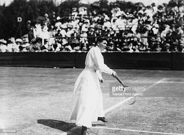 Wimbledon ladies singles champion Charlotte Sterry in action at Wimbledon Original Publication People Disc HH0210