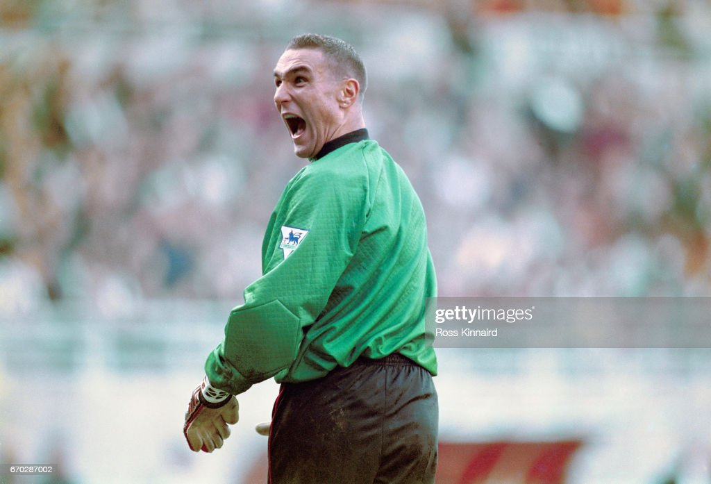 Vinny Jones goalkeeper for Wimbledon v Newcastle United 1995 : News Photo