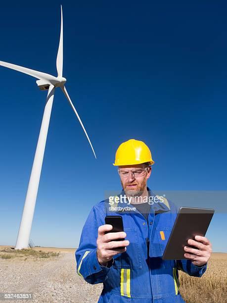 Ingeniero de viento, Smartphone, tableta y la turbina