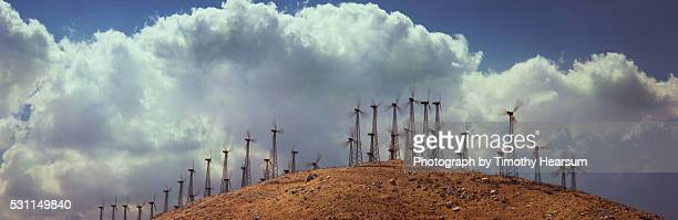 wind generators on hilltop - timothy hearsum stock pictures, royalty-free photos & images