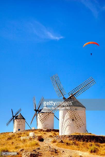 wind, sport and history. - トレド ストックフォトと画像