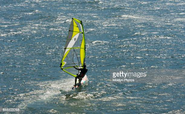 wind surfing in the sparkling columbia river - columbia river gorge stock pictures, royalty-free photos & images