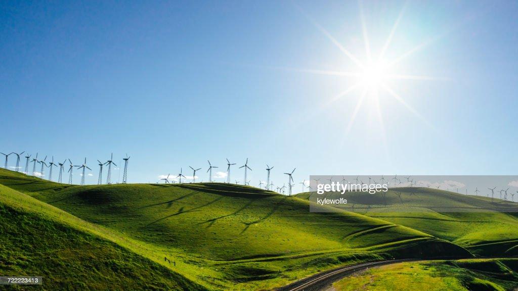 Wind turbines, Altamont Pass, California, America, USA : Stock Photo