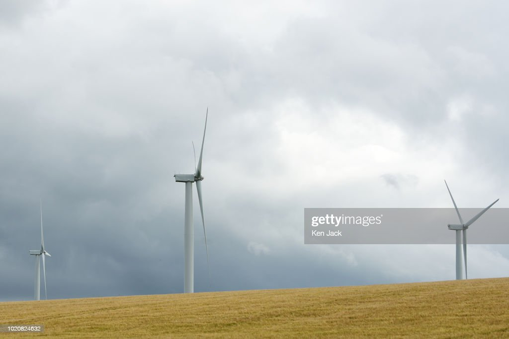Wind Turbines in Fife As SNP Highlight Scottish Renewable Energy Success