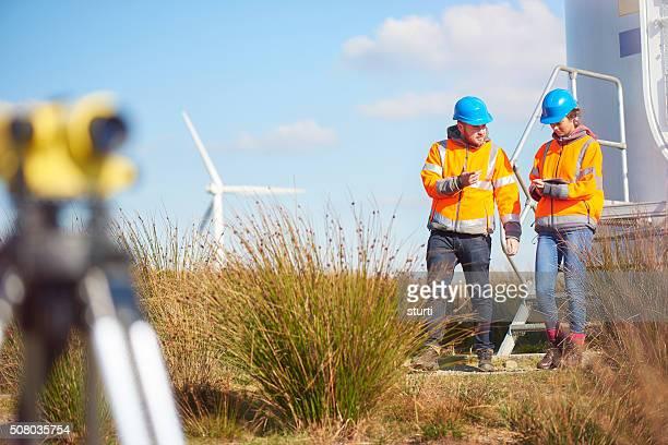 engenheiros windfarm potência - inspetora - fotografias e filmes do acervo