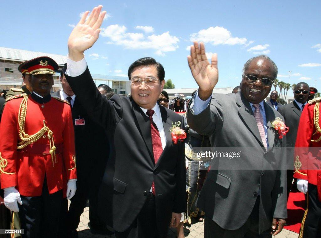 Chinese President Hu Jintao and his Nami... : News Photo