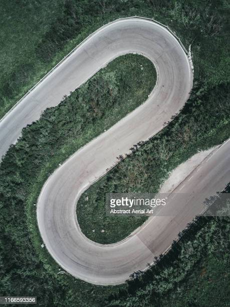 winding road as seen from above, italy - s shape stock pictures, royalty-free photos & images