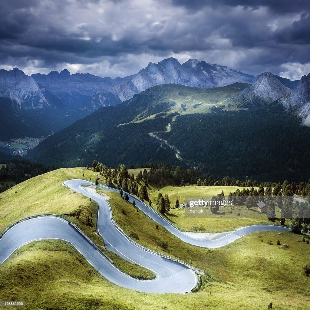 Winding road : Stock Photo