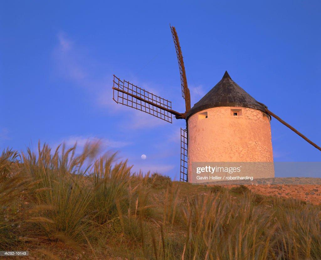 Windmill, Consuegra, Ruta de Don Quixote, Castilla La Mancha, Spain, Europe : Foto de stock