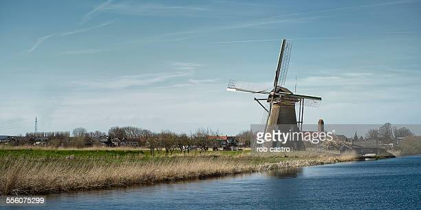 windmill in kinderdijk - traditional windmill stock photos and pictures