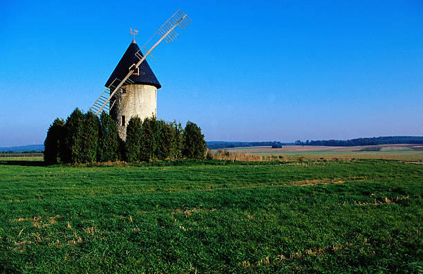 Windmill near Soissons.
