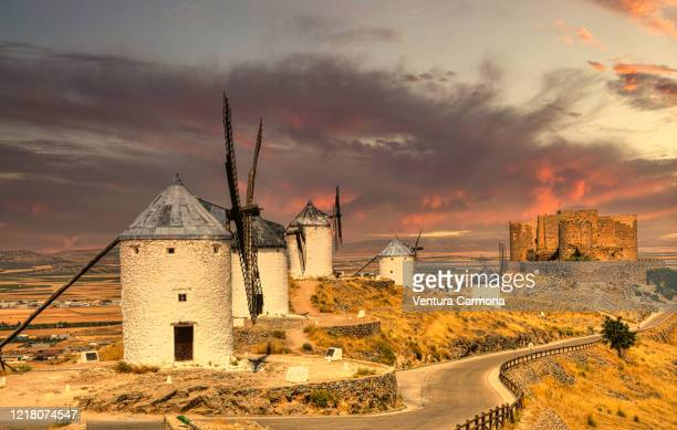 windmills of consuegra, spain - トレド ストックフォトと画像