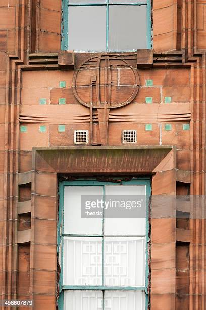 window detail, scotland street school museum, glasgow - theasis stockfoto's en -beelden