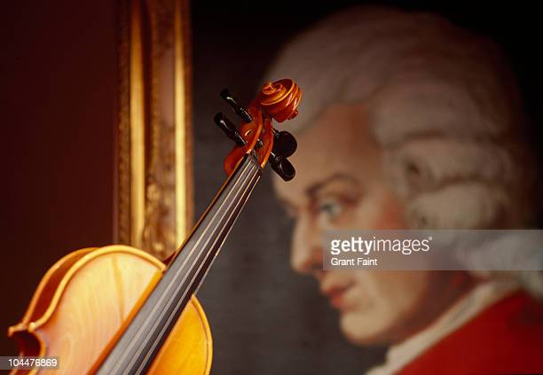 window display of composer and violin - wolfgang amadeus mozart stock pictures, royalty-free photos & images