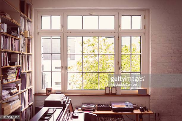 window into the music room - erker stockfoto's en -beelden