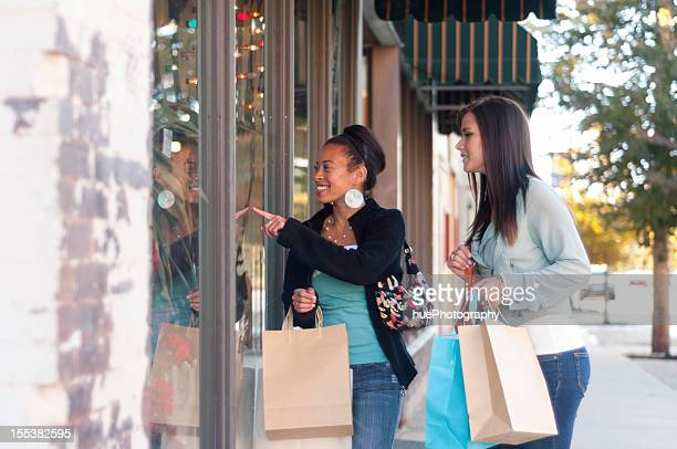 window shopping - small town america stock pictures, royalty-free photos & images