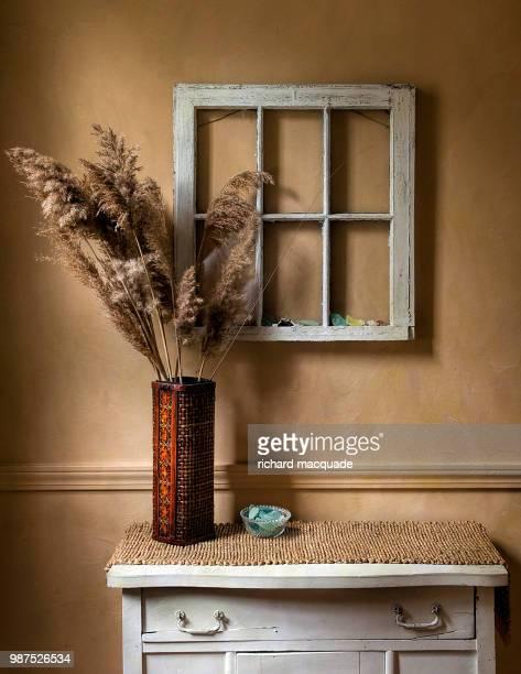 window to nowhere - pampa stock-fotos und bilder