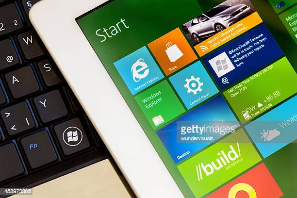 windows 8 interface screenshot on ipad 2 - windows 8 stock pictures, royalty-free photos & images