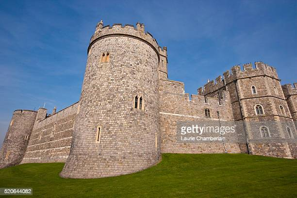 windsor castle at berkshire - windsor castle stock pictures, royalty-free photos & images