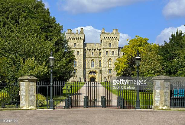 windsor castle - windsor castle stock pictures, royalty-free photos & images