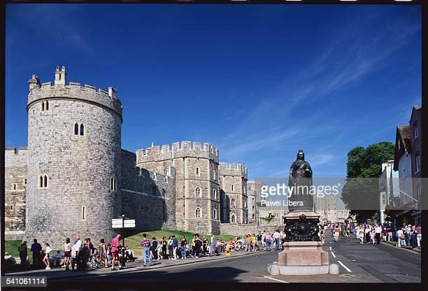 Windsor Castle with Queen Victoria Statue