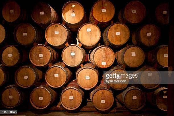 wine barrels - ワインセラー ストックフォトと画像
