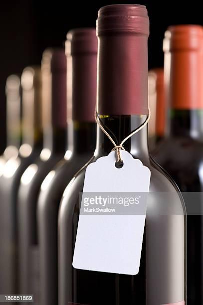 Weinflaschen mit Label