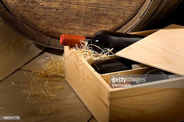 Boîte dans la cave à vin